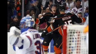 Ducks soar in 6-3 win over Rangers, returning Lundqvist