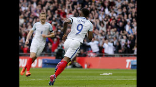 Defoe makes scoring return as England beats Lithuania 2-0