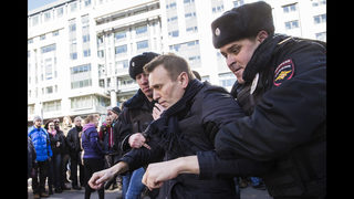 Russian protest leader Alexei Navalny gets 15 days in jail