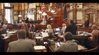 Lawmakers in Republican-led Kansas vote to expand Medicaid