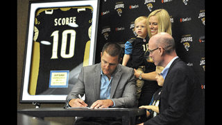 Josh Scobee signs with Jaguars, retires after 12 NFL seasons