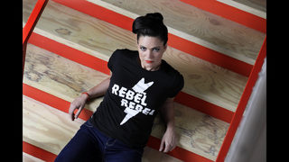 Shunned by radio, women in Nashville embrace outlaw status