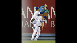 Pederson leaves game after frightening collision with Puig