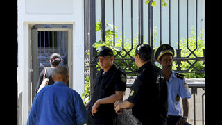Tunisian trial opens over beach attack on British tourists
