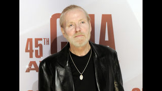 Manager: Allman tried to keep playing music until the end