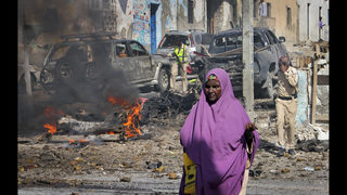 3 dead in suicide blast at police station in Somalia capital