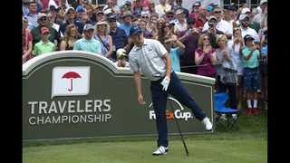 Jordan Spieth shoots 63 to take lead in Travelers debut