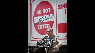 Joe Arpaio on trial over immigration actions echoing Trump