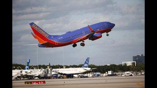 Southwest reports lower 2Q profit, weak revenue outlook