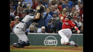 Moreland delivers to help Red Sox beat Yankees 9-6