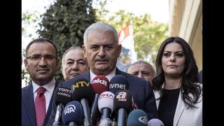 Turkey warns Kurdish leaders on vote as parliament convenes