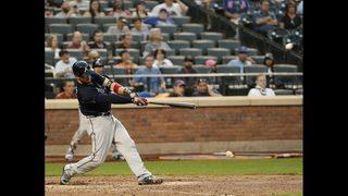 Lugo sharp, Mets set team HR record in split with Braves