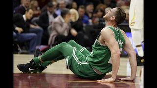 Hayward suffers gruesome injury, Celtics lose opener 102-99