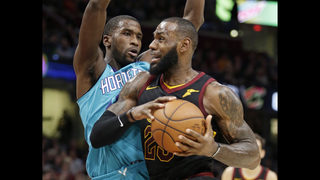 James has triple-double, Cavs beat Hornets for 7th straight