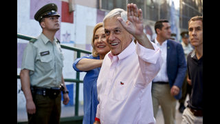 Conservative ex-President Pinera easily wins Chile election