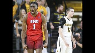 Milton scores 33, lifts SMU over No. 7 Wichita State 83-78