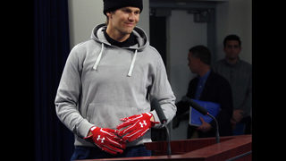 Brady mum on status for AFC title game after hand injury
