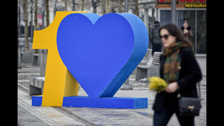 Kosovo celebrates decade of independence, challenges ahead