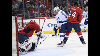 Point scores 2 goals to help Lightning beat Capitals 4-2