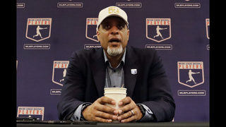 Clark: Players still concerned about unsigned free agents