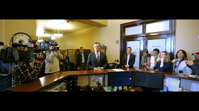 Fearing a Utah 'coronation', 8 Republicans challenge Romney