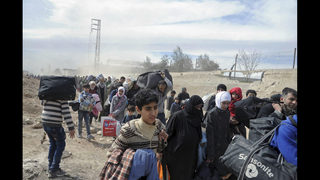 In Syria, at least 100 killed in attacks as more people flee