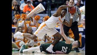 NCAA Latest: Evans breaks tie with 3, Texas Tech in Sweet 16