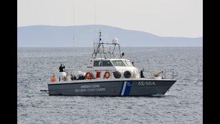 Greece: 16 migrants die as smuggling boat sinks in Aegean