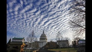 Shutdown looming, Congress and White House seek budget deal