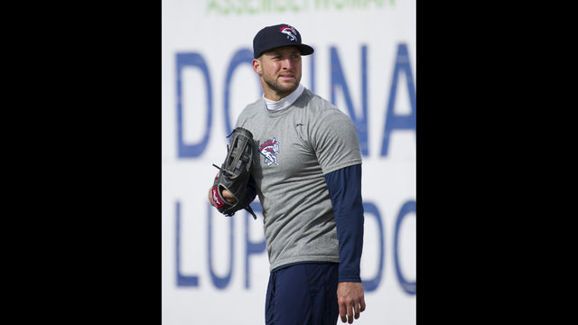 more photos 1860c 8bacc Tim Tebow makes Double-A debut with Binghamton Rumble Ponies ...