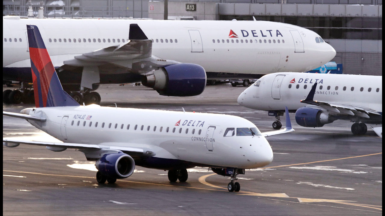 Delta Air Lines computer tracking system back up after brief outage
