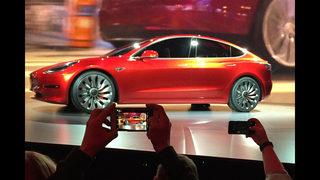 Consumer Reports raises concerns over Tesla Model 3 braking