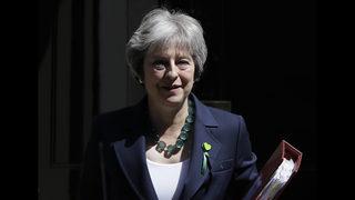 UK backs ban on upskirting photos after lawmaker blocks it