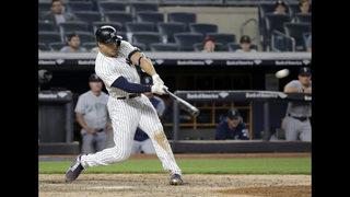Stanton hits walk-off HR, Yankees rally past Mariners 7-5