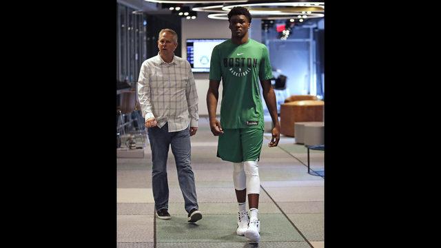 ad50638d0 Boston Celtics general manager Danny Ainge
