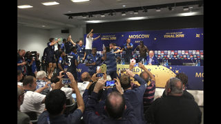 Deschamps joins Zagallo, Beckenbauer as champ player, coach