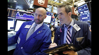 US stock indexes are mixed, set stage for more milestones