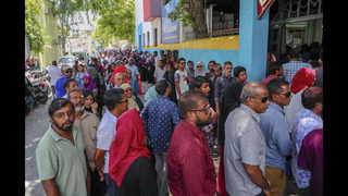 The Latest: US congratulates Maldives, notes opposition win
