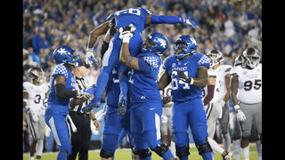 AP Top 25: Kentucky enters rankings for 1st time since