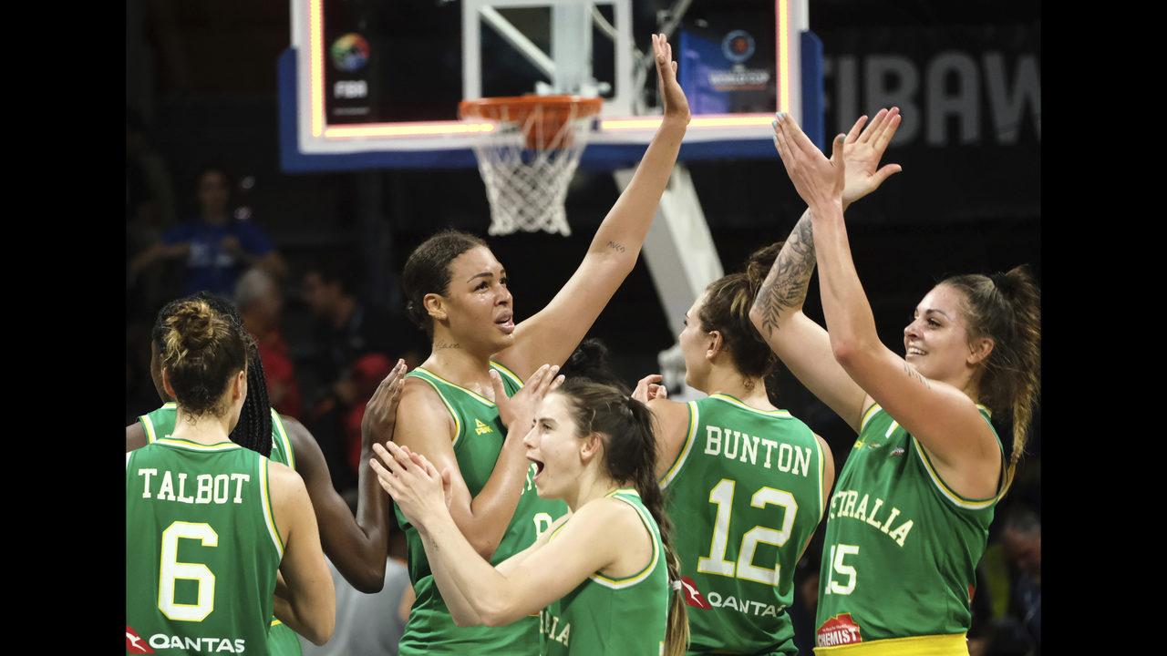 cup double winning womens basketball - HD2813×2019