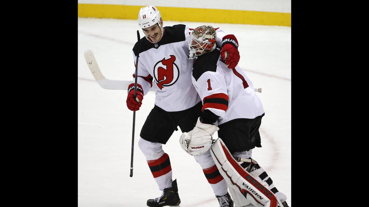 db50bef8f Boyle s hat trick helps Devils defeat Penguins