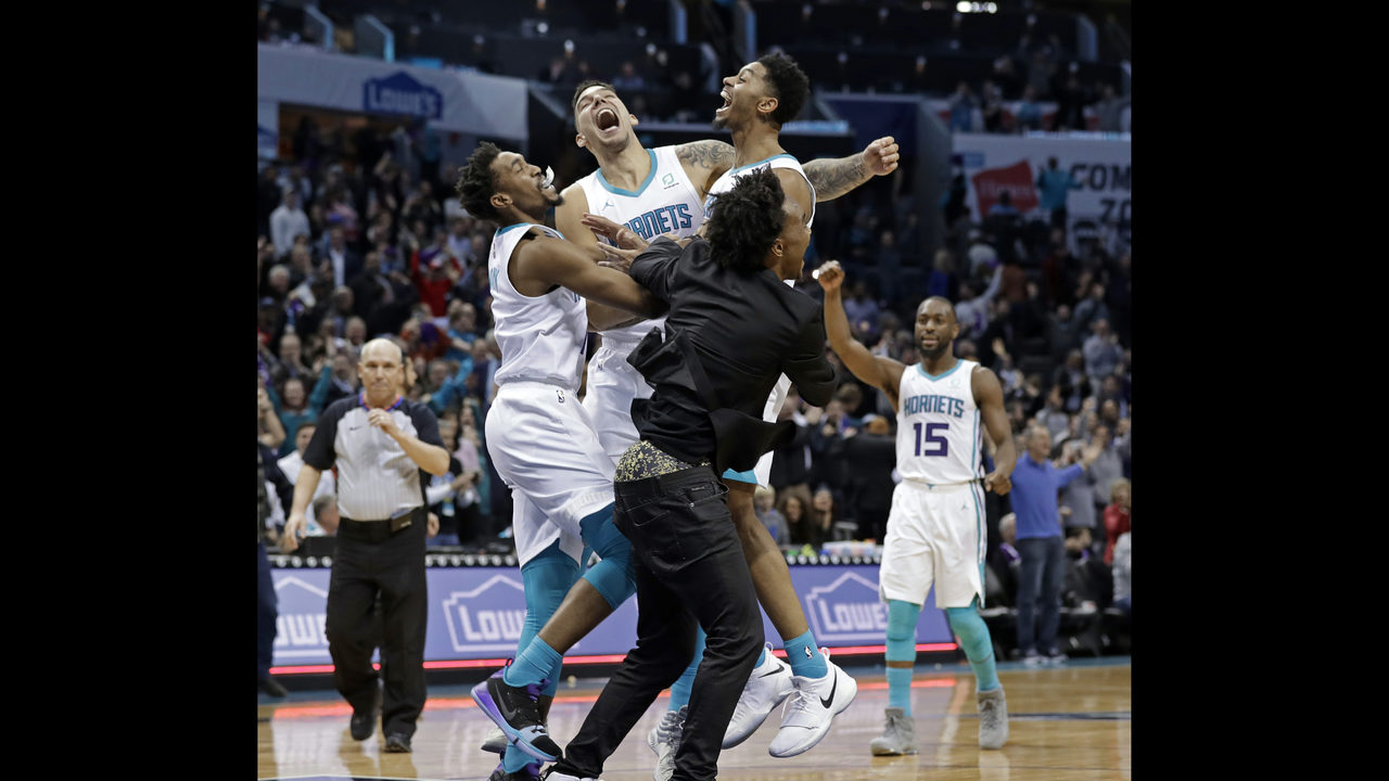 3e83192512e Lamb s jumper helps Hornets beat Pistons 108-107 in wild win