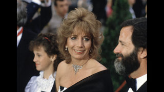 Tom Hanks, Rob Reiner and more stars mourn Penny Marshall
