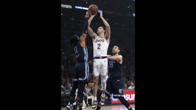 52a0e42d1 Los Angeles Lakers  Lonzo Ball (2) shoots over Memphis Grizzlies  Mike  Conley