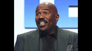 Steve Harvey to host NFL Honors when AP awards are announced