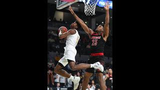 Nwora helps Louisville blast Georgia Tech, 79-51