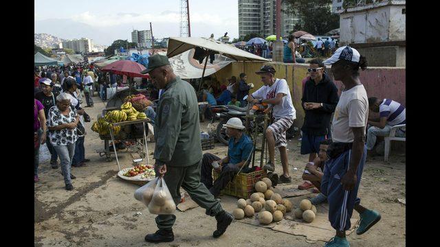 Us Hits Venezuela With Oil Sanctions To Press Maduro Exit Kiro Tv