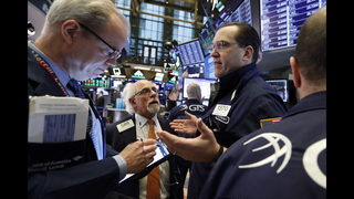 US stocks edge higher in afternoon trading, extending gains