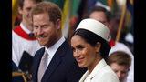 Prince Harry, Oprah work on mental health program for Apple