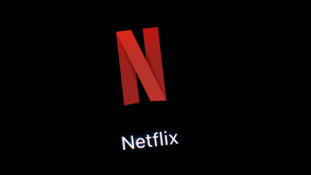 Netflix adds 9 6M subscribers in 1Q as competition heats up